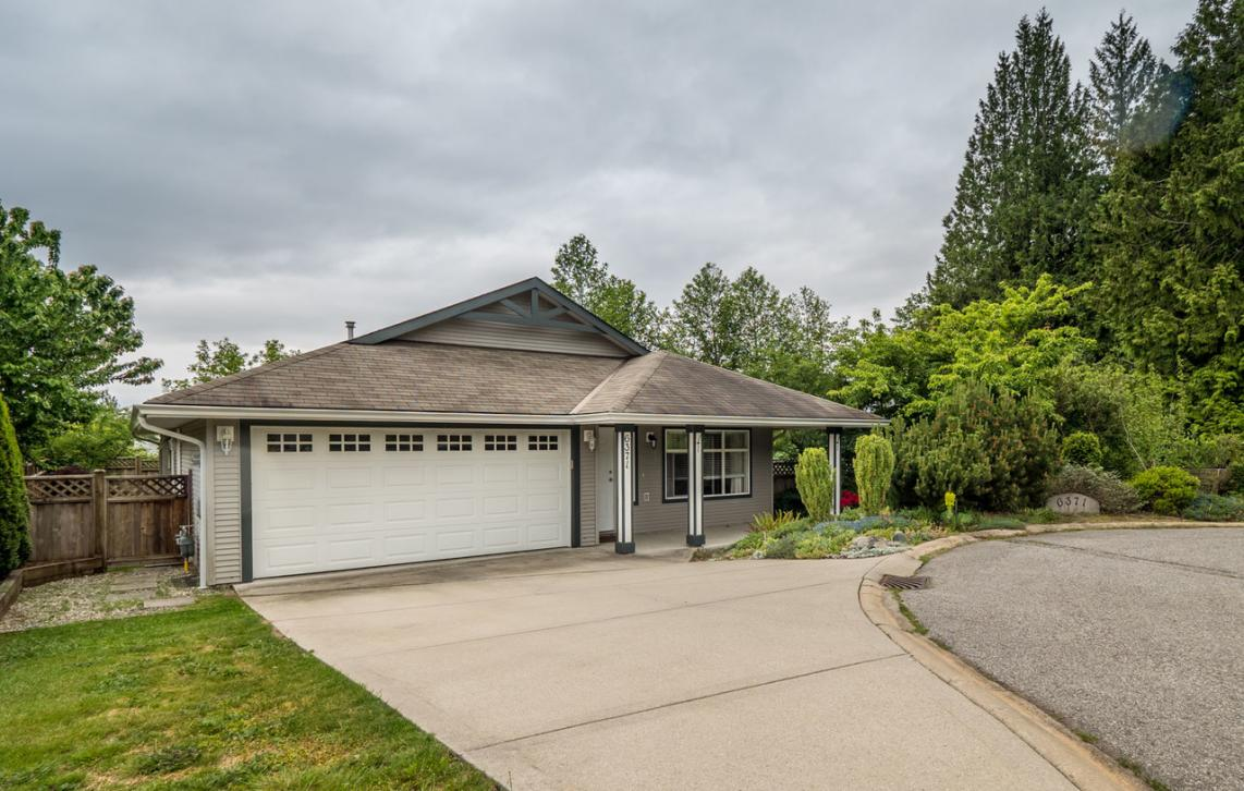 6371 Williams Place, Sechelt District, Sunshine Coast
