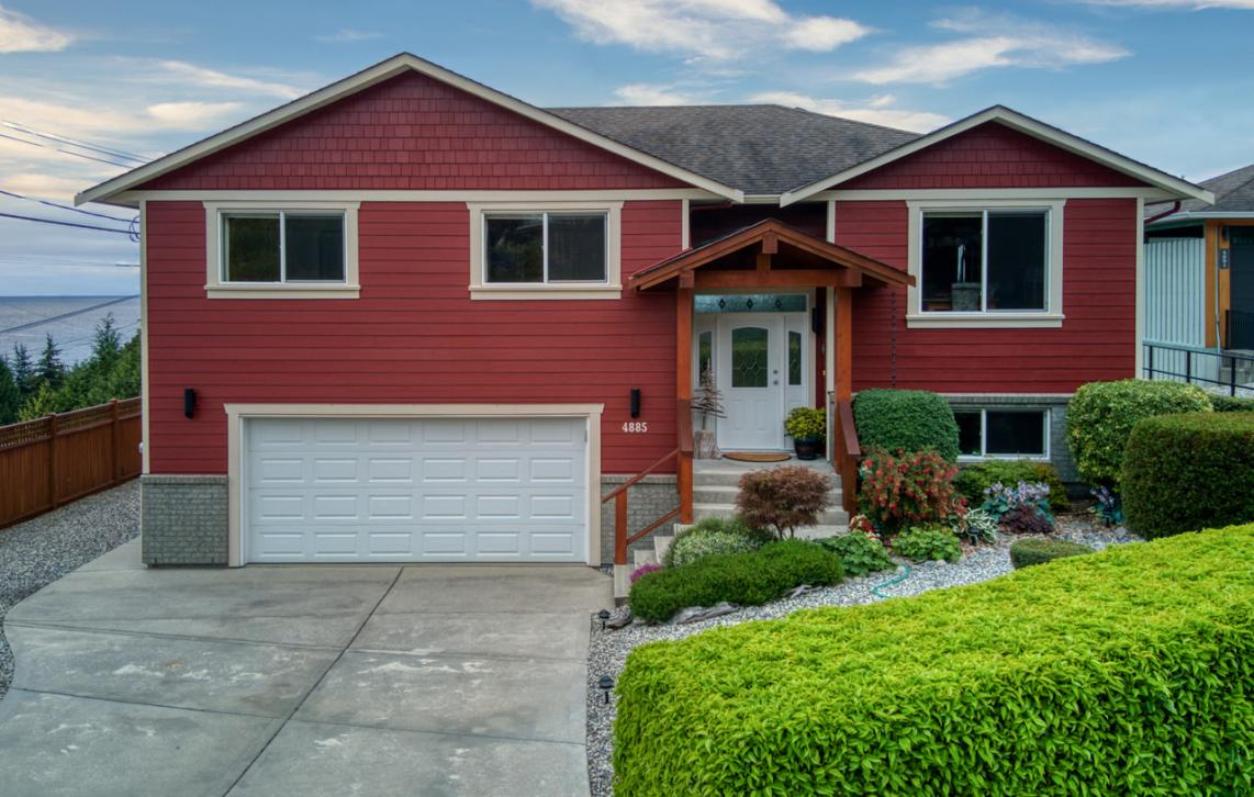 4885 Laurel Avenue, Sechelt District, Sunshine Coast